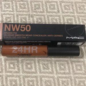 MAC Studio Fix Concealer NW50